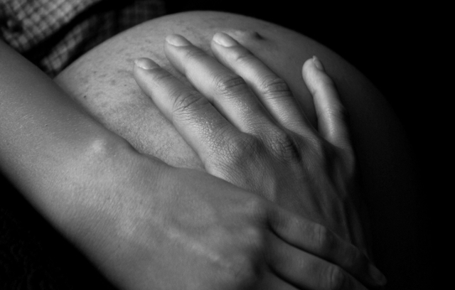 Pregnant woman died in overcrowded hospital