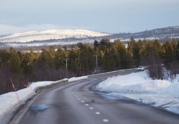 Swedish midwives launch course on giving birth in cars
