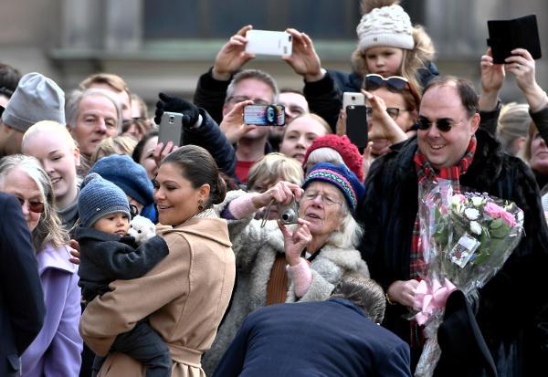 In pictures: Crown princess Victoria celebrates her name day