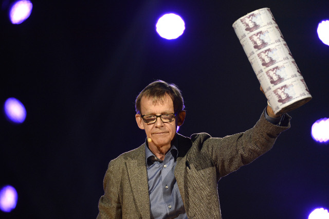 Swedish stats icon Hans Rosling awarded posthumous prize by UN