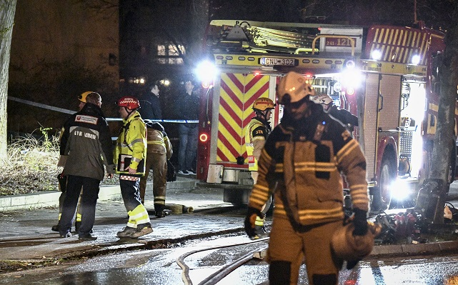 Over one hundred cars damaged after double garage fire in Malmö