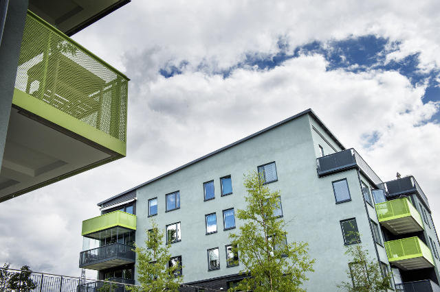 Housing crisis forces record number of young Swedes to live at home: report