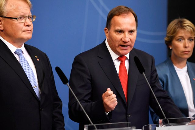 Swedish PM announces government reshuffle in response to no-confidence motion