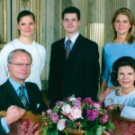 The royal family on New Year 1999, Crown Princess Victoria standing behind her father Carl XVI GustafPhoto: SvD/TT