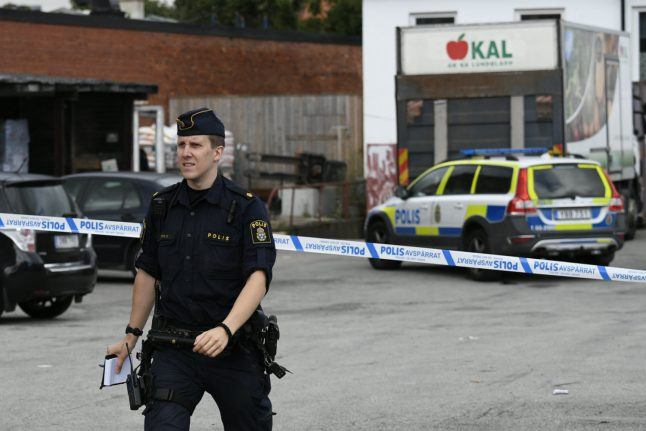 Two shot during Malmö store robbery
