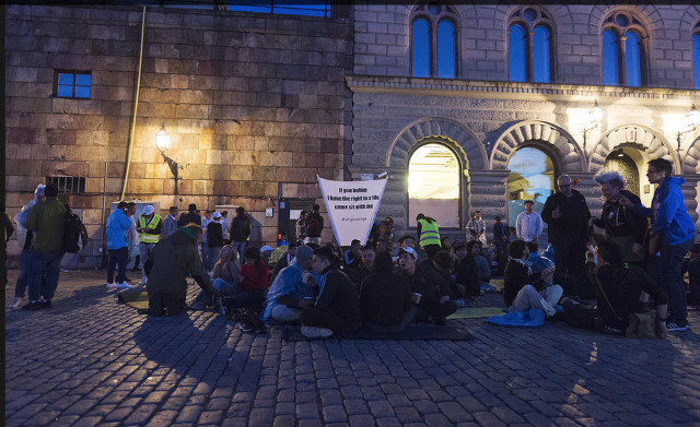 Protest against deportations to Afghanistan attacked in Stockholm