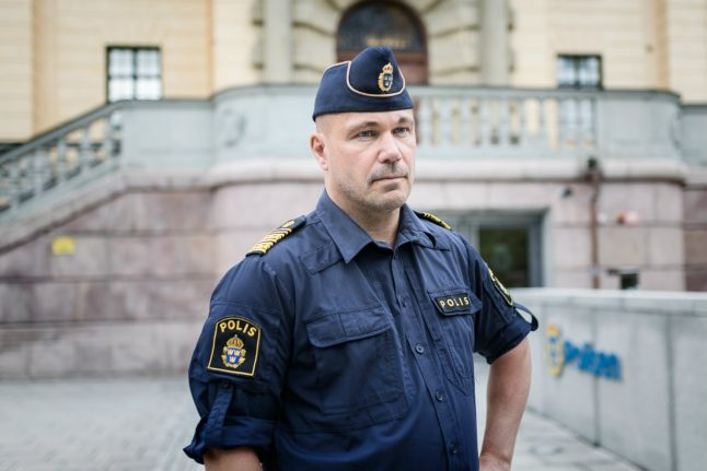 Stockholm police chief reports self over emails