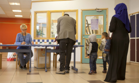Report: Swedes born in Asia, Africa vote less, more left-wing