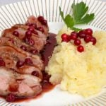 Recipe: Duck breast with lingonberry sauce