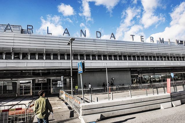 Plane evacuated at Stockholm airport after smoke in cockpit