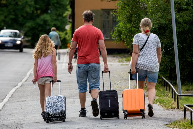 Fewer people emigrating from Sweden: new stats