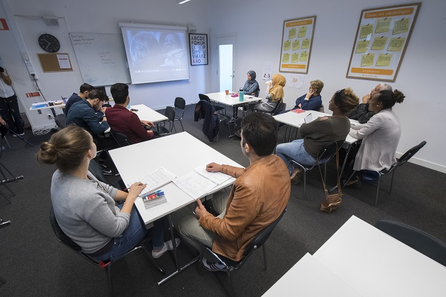 Swedish Academy to launch new language lessons for immigrants