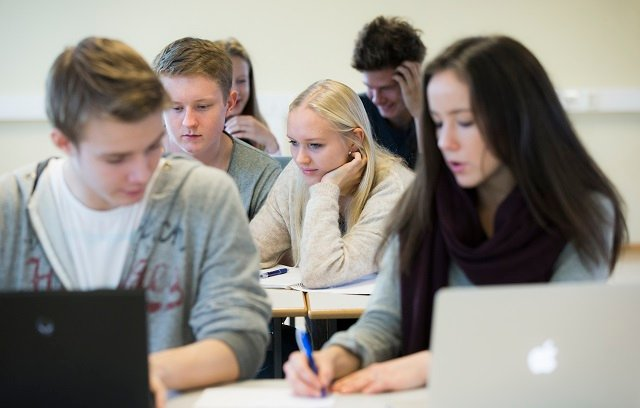 Not so gender-equal? Swedish teens still plan careers according to gender, study shows