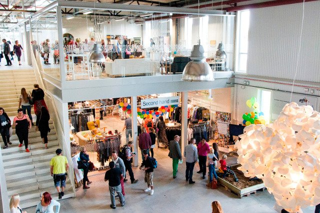 Sweden boasts first shopping mall for recyclables