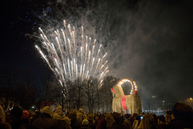 'Secret' plan to protect Gävle Christmas goat from arsonists
