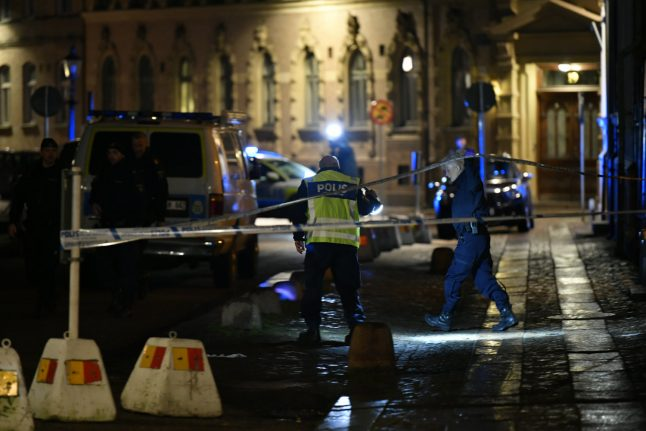 Three arrested for Molotov cocktail attack on Gothenburg synagogue