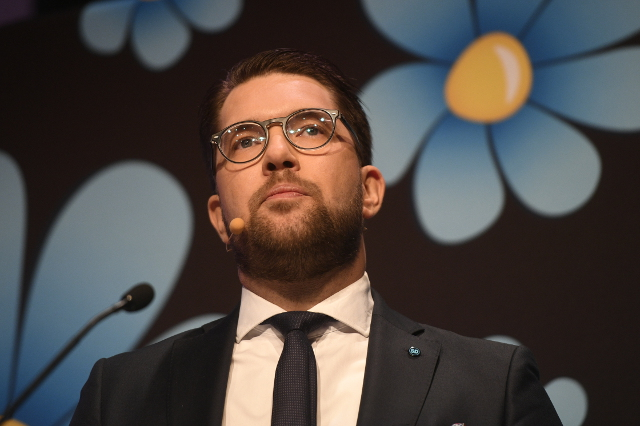 Anti-immigration Sweden Democrats the biggest losers in new pre-election poll