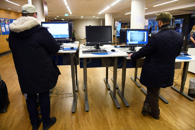 Unemployment continues to fall in Sweden