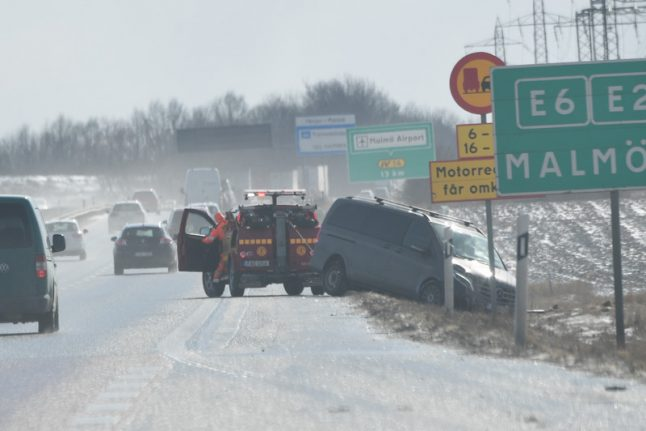 27 car pile-up in southern Sweden