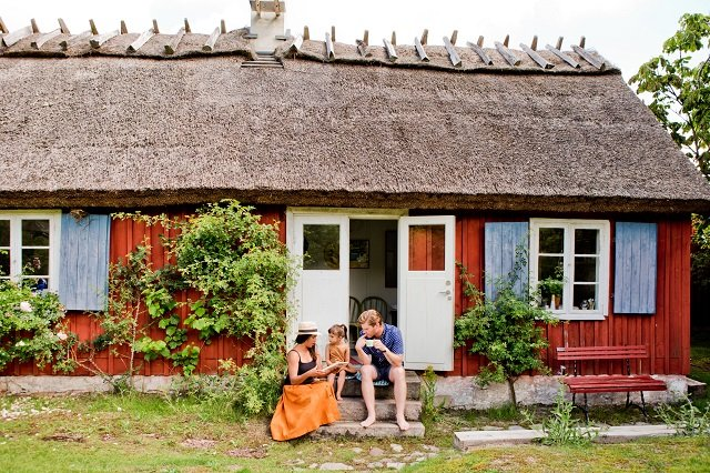 What they don't tell you about moving to Sweden for love