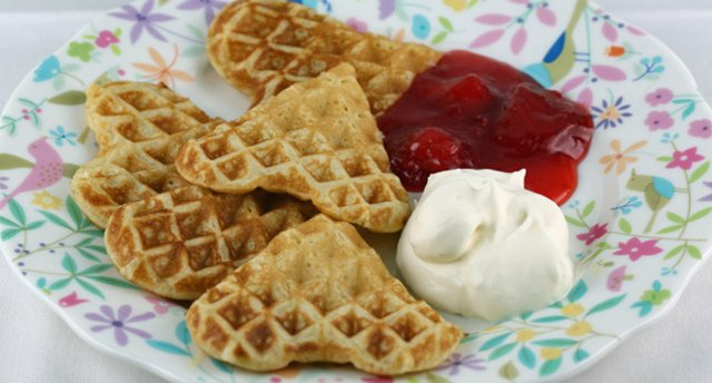 Recipe: How to make traditional Swedish waffles on Waffle Day