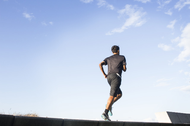 Exercise after heart attack boosts survival chances: Swedish study