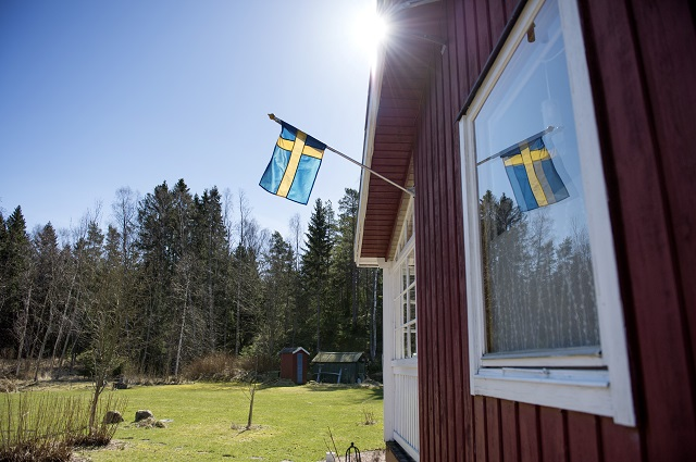 Here's how many Brits and Americans applied for Swedish citizenship post-Brexit and Trump