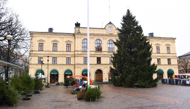 Swedish court sentences parents for trying to force girl, 13, into marriage
