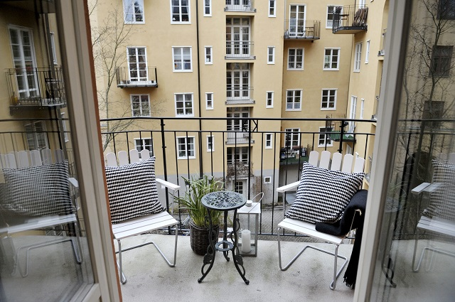 What rights do I have as a second-hand renter in Sweden?