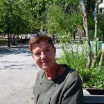 """""""I love walking in the shady streets between meetings and grabbing a coffee, the city is really beautiful,"""" says Jenny, 57 years old, living in Malmö and on a business trip in Stockholm. """"It's worrying for our climate of course, but it's also pleasant. It's not normal in May, fire alerts are spreading all over the country. In Malmö, we already have water restrictions.""""Photo: Gaïa Jouan"""