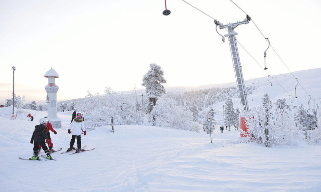 Ample snow leads to record year for Sweden's ski slopes