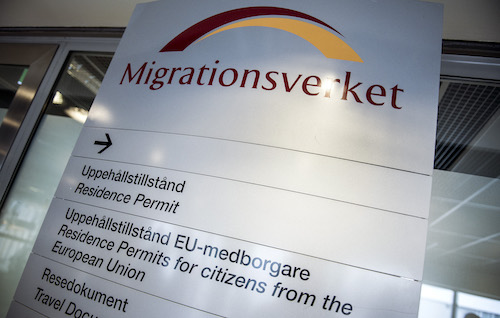 Calling all people with Swedish work permit issues