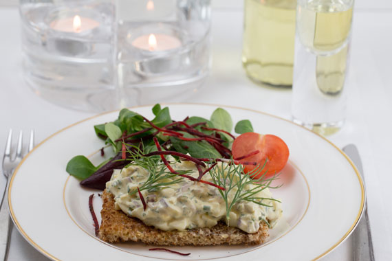 Recipe: How to make eggs with Swedish anchovies