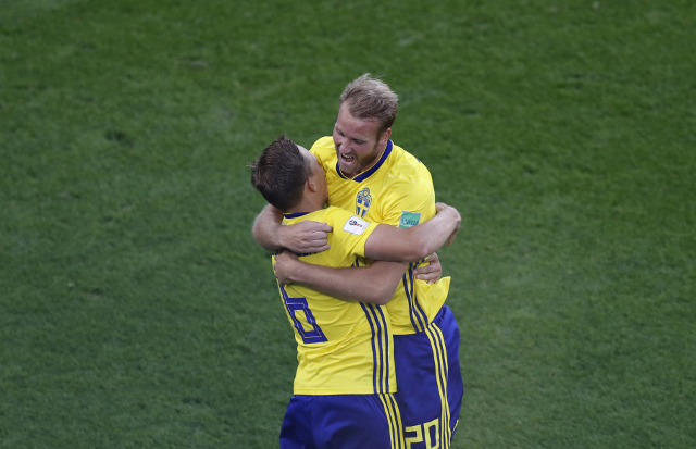 Swedish government ends boycott of Russia World Cup after Sweden qualify for knockout round