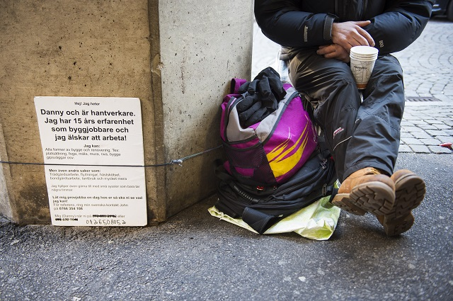 Swedish city votes in favour of permit requirement for beggars