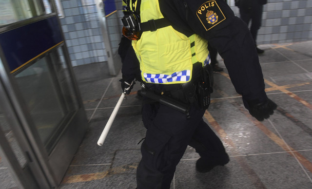 Staff regularly require police assistance in four Stockholm subway stations