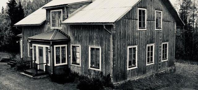 'The room went completely static': Living in one of Sweden's most haunted houses