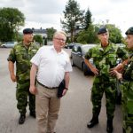 Sweden's Defence Minister Peter Hultqvist and Supreme Commander Micael Bydén visiting one of the affected areas in Sveg.Photo: Mats Andersson/TT