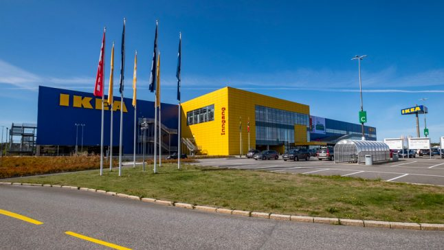 Ikea to test cash-free store in Sweden