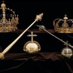 Thieves steal 1600s Swedish royal crowns from cathedral