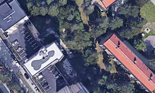 Who painted this giant penis and breasts on two Stockholm apartment roofs?