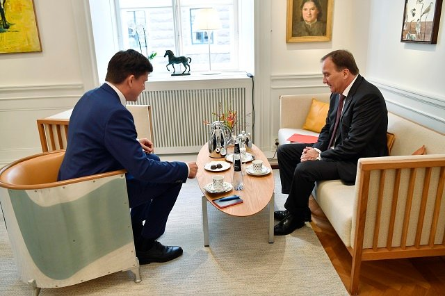 Sweden resumes talks to find a new prime minister