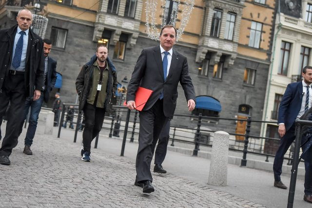 Sweden headed for 'untested ground' as budget deadline draws near