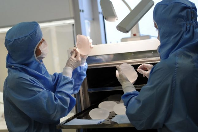 400 Swedish women win compensation over faulty French breast implants