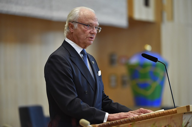 Sweden's king cancels planned trip to China
