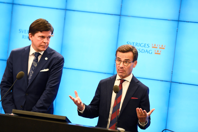 Swedish conservative leader to face prime minister vote with minority coalition