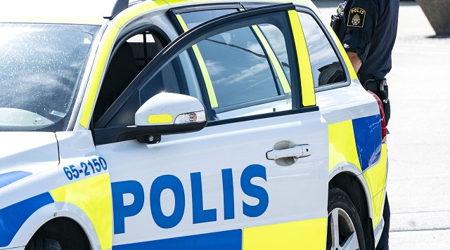 Police operation after 'threat' in central Stockholm