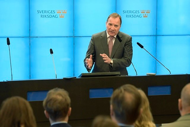 Swedes mostly negative towards proposed government deal: survey