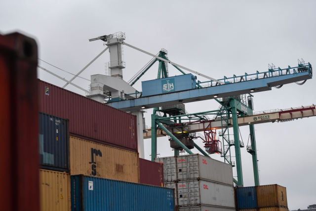 Sweden breathes a sigh of relief after port strike is called off