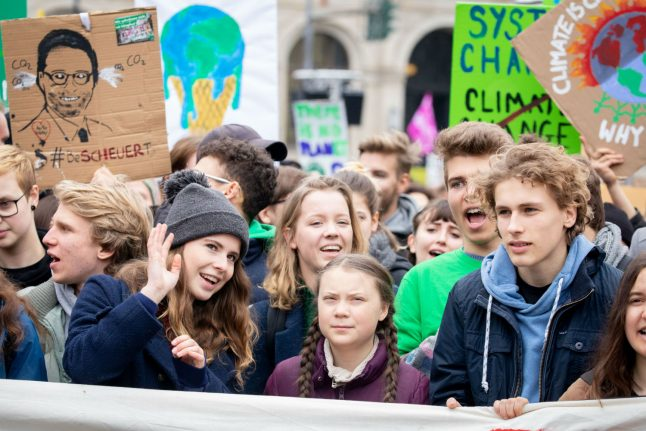 Thousands of teens join Greta Thunberg's climate fight in Berlin